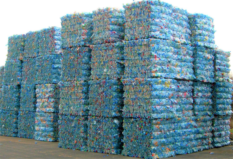 compacteur déchet plastique,